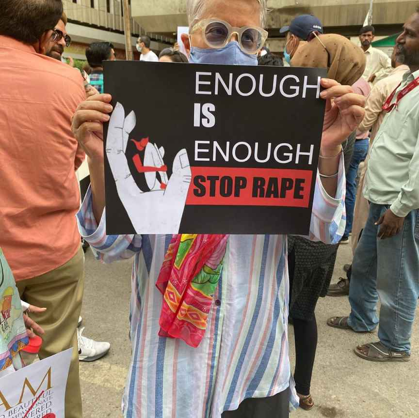 Ayesha Omar Mahira Khan Sarah Khan And Others Attend Protest For Motorway Rape Case 3